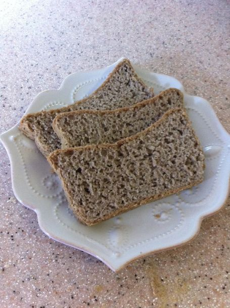 Sliced gf bread1