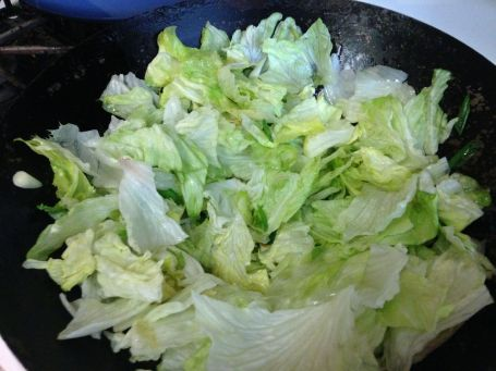 lettuce in wok3